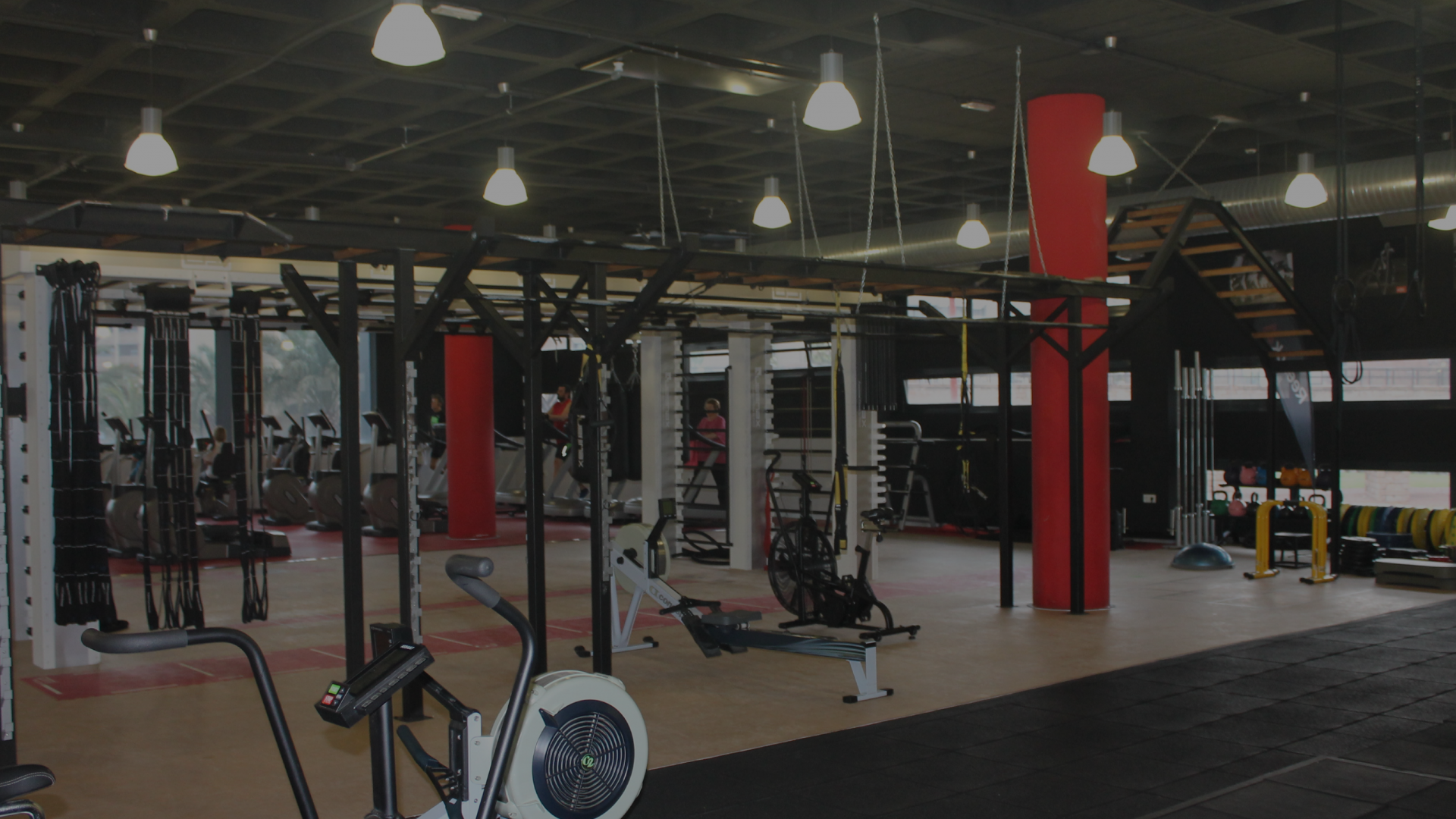 ZONA FUNCIONAL SALA FITNESS